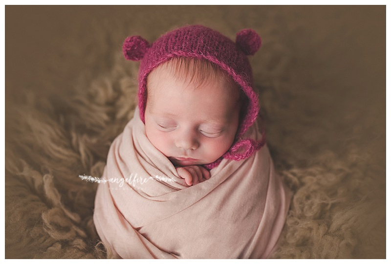 West midlands newborn photographer aubree 14 days new